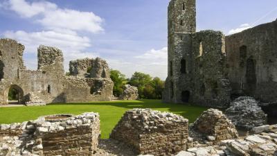 Castell Llanhuadain (Cadw)